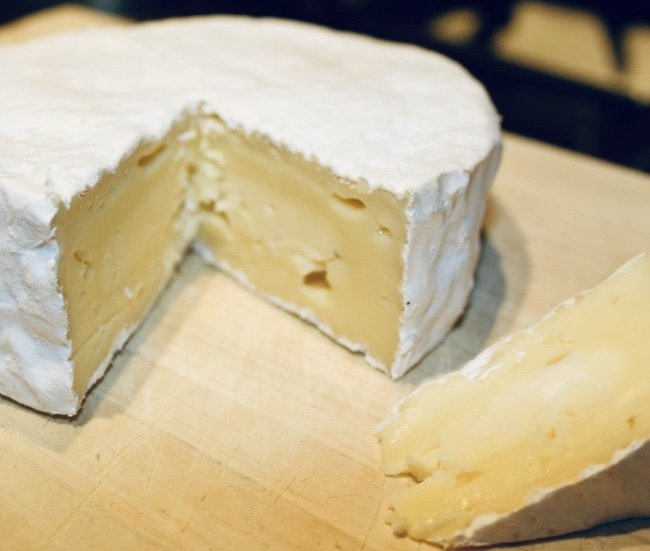 el-queso-frances-camembert-de-normandie